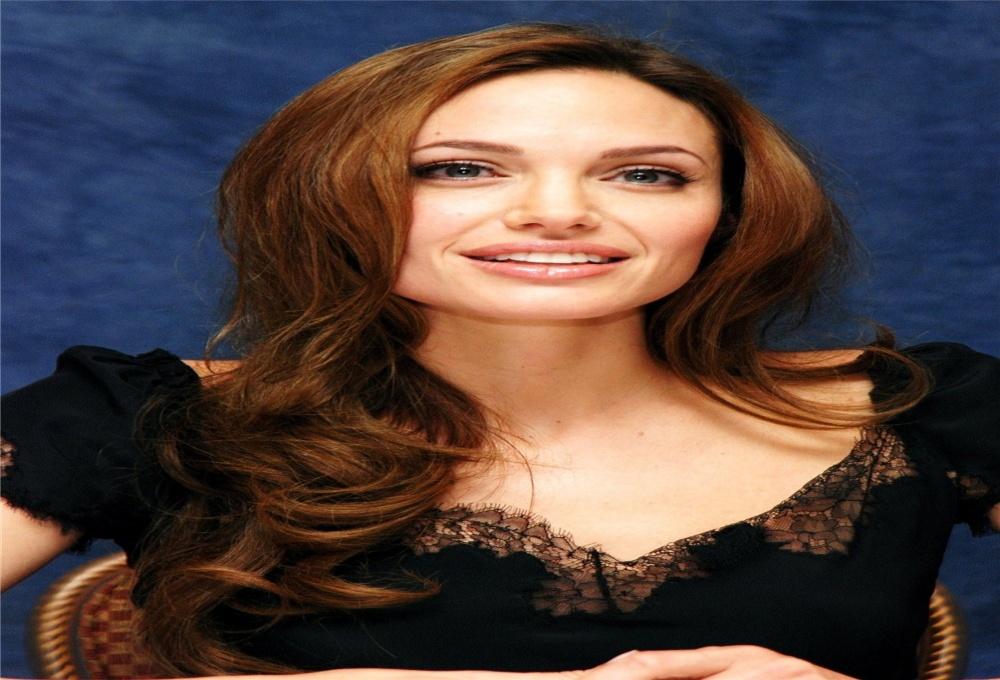 10 фактов об Анджелине Джоли, которых вы не знали