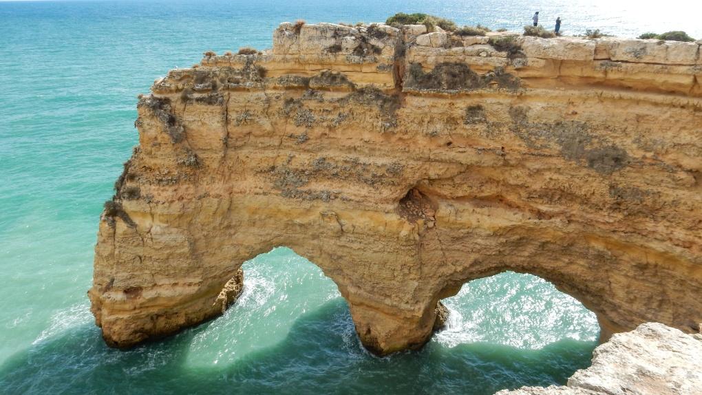 Вокруг света: Морская пещера в Алгарве, Португалия